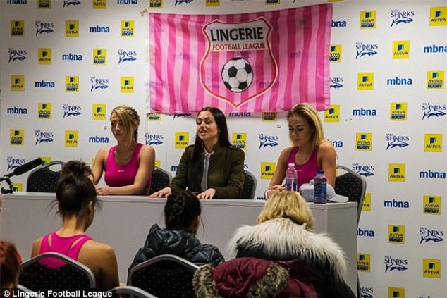 giải bóng đá nữ bikini, giải bóng đá nữ sexy, ngoại hạng Anh
