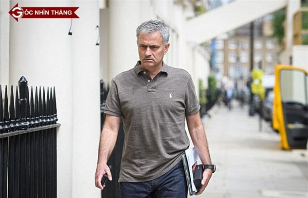 Van Gaal, sa thải Van Gaal, MU, Man Utd, Mourinho