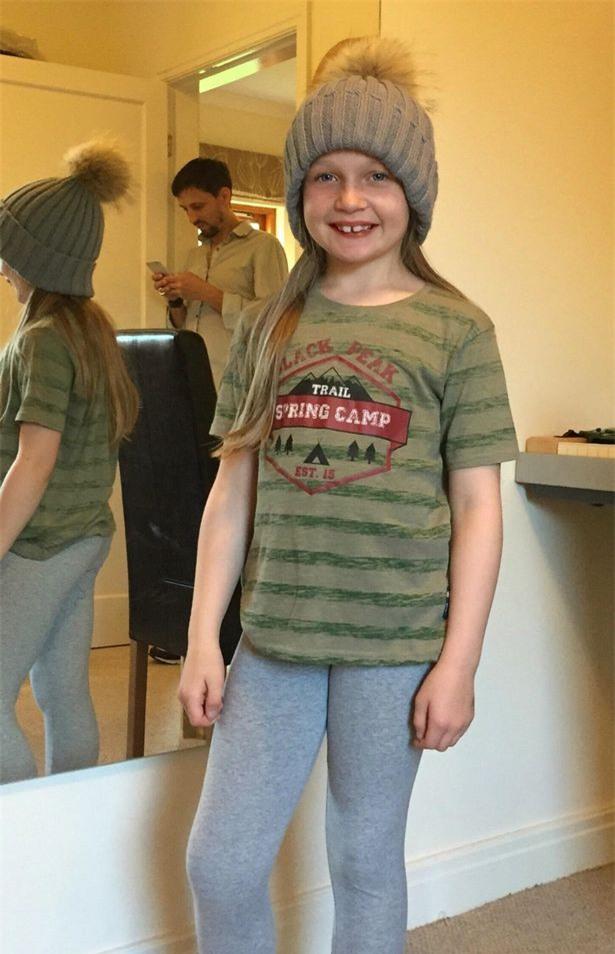 Cô bé 8 tuổi khiến thế giới sửng sốt khi chỉ ra sự bất công của những câu slogan trên áo nam và nữ - Ảnh 4.