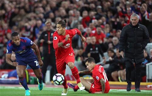 """Liverpool - MU & những pha bóng """"nóng hừng hực"""" - 7"""