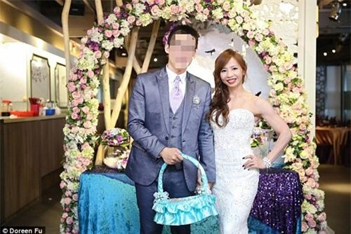 Cô dâu mặc váy cưới đu xà khoe cơ bắp cuồn cuộn ảnh 6
