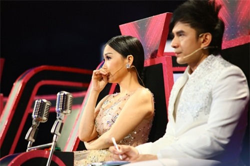 Xúc động với màn tái hiện hình ảnh Minh Thuận trên sân khấu - 2