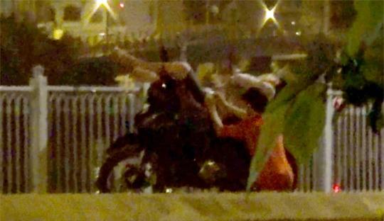 Vạch trần băng thanh thiếu niên móc túi ở cầu Mống - Ảnh 1.