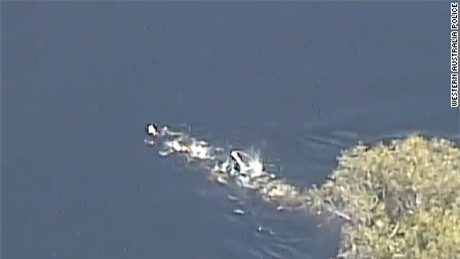 161124133354-police-chase-river-australia-large-169