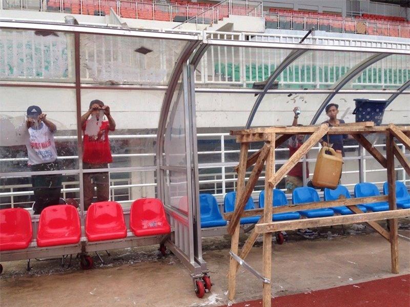Tuyển Việt Nam choáng với SVĐ đá bán kết của Indonesia