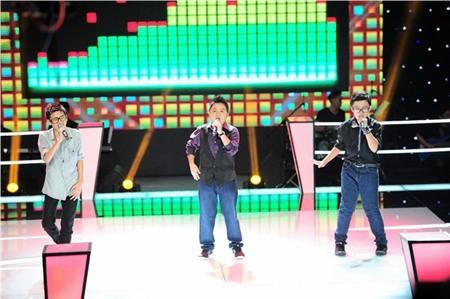 The Voice KIds tập 7: Cao Khánh, Minh Triết, Đức Anh hát 'Gánh hàng rong'
