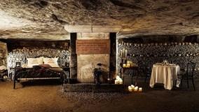 Trải nghiệm 1 đêm rùng rợn trong hầm mộ hơn 6 triệu bộ đầu lâu