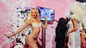 """Rò rỉ clip nét căng của các """"thiên thần"""" trong Victoria's Secret Show 2015"""