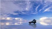 Kỳ thú với trải nghiệm dạo bước trên mây ở Bolivia