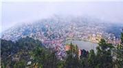 Sa Pa đẹp huyền ảo trong sương sớm với góc quay từ trên cao