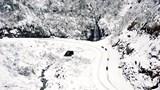 Sapa mênh mông tuyết trắng hút hồn khách du lịch