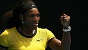 "Xem Serena Williams dũng mãnh ""thổi bay"" Sharapova"
