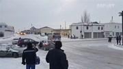 Khiếp đảm cảnh ôtô lao dốc trên đường đóng băng