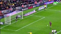"""""""Vận nội công"""" đá penalty, Neymar vẫn hỏng ăn"""