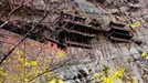"""Đầu năm, ghé thăm ngôi chùa ở nơi """"hiểm hóc"""" nhất thế giới"""