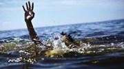 Gia đình đi tắm biển, 2 trẻ bị chết đuối