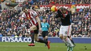 Sunderland 2-1 M.U: Quỷ đỏ phơi áo ở The Light