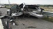 Mercedes đâm nát Ford trên cao tốc Hà Nội - Hải Phòng