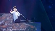 """The Remix - Gala: Noo Phước Thịnh biểu diễn ca khúc """"Tôi là ngôi sao"""""""