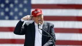 """Donald Trump hứng """"gạch đá"""" vì đòi phạt phụ nữ phá thai"""
