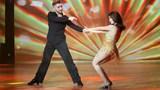 """Màn nhảy sexy ấn tượng của Ngọc Trinh tại """"Bước nhảy hoàn vũ"""""""