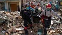 Cụ ông 72 tuổi sống sót kỳ diệu sau 13 ngày bị vùi lấp sau động đất