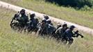 """NATO triển khai thêm 4.000 quân đối phó với """"hành xử khiêu khích"""" từ Nga"""