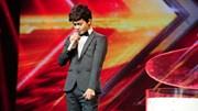 """X-Factor: """"Hoàng tử buồn"""" Tuấn Phương lấy nước mắt Hồ Quỳnh Hương"""