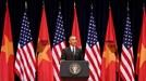 """Sự thật thú vị về """"bảo bối"""" nhắc chữ của Tổng thống Obama"""