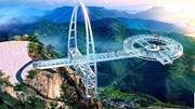 Cầu kính nguy hiểm nhất thế giới thách thức du khách
