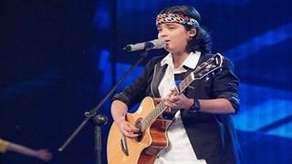 """Thần đồng Jayden Trịnh """"phiêu"""" bài """"Let it be"""" cùng guitar"""