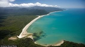 Tắm biển ở Australia, nữ du khách bị cá sấu ăn thịt