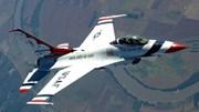 Hình ảnh F-16 đâm xuống đất trước mặt Tổng thống Obama