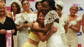 Người Mỹ gốc Việt giành giải nhất cuộc thi thiết kế áo cưới từ giấy vệ sinh