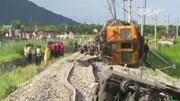 Tàu hỏa trật bánh ở Đài Loan do nắng nóng