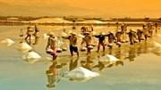 Cánh đồng muối Việt Nam vào Top 10 điểm ngắm hoàng hôn đẹp nhất