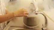Ăn kem ni tơ, kem mây thế nào để không bị bỏng lạnh?