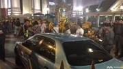 """""""Hú vía"""" vì xe điên lao thẳng đền thờ Erawan, Thái Lan"""