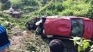 Ô tô BMW lao xuống vực, 7 người thương vong