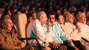 Lãnh tụ Fidel Castro tái xuất hiếm hoi nhân sinh nhật 90 tuổi