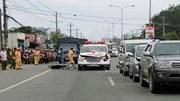 Xe cứu thương đâm hàng loạt ô tô trên QL13