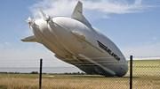 Máy bay lớn nhất thế giới rơi ở Anh khi đang hạ cánh
