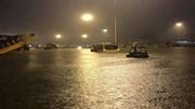 Sân bay Tây Sơn Nhất: 21 chuyến bay không thể hạ cánh do ngập
