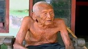 Người đàn ông già nhất thế giới muốn chết mà... không được