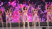 """Chung kết HHVN 2016: """"Bỏng mắt"""" với màn khoe dáng gợi cảm trong phần thi Bikini"""