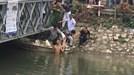 Hà Nội: Nam thanh niên ngáo đá, trần truồng nhảy sông Lừ