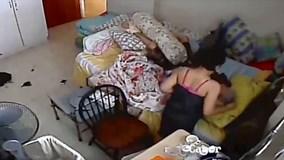 Nữ giúp việc trẻ bị tù 10 tháng vì hành hạ cụ già liệt giường 96 tuổi