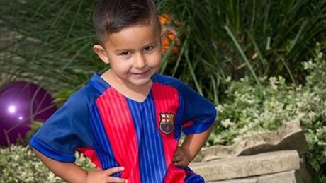 'Thần đồng' bóng đá 3 tuổi chinh phục Man City