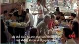 """Đầu bếp Mỹ thưởng thức bún """"mắng"""" ở Hà Nội"""