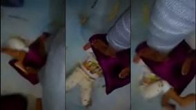 Phẫn nộ cảnh em bé bị giẫm đạp lên đầu một cách tàn nhẫn